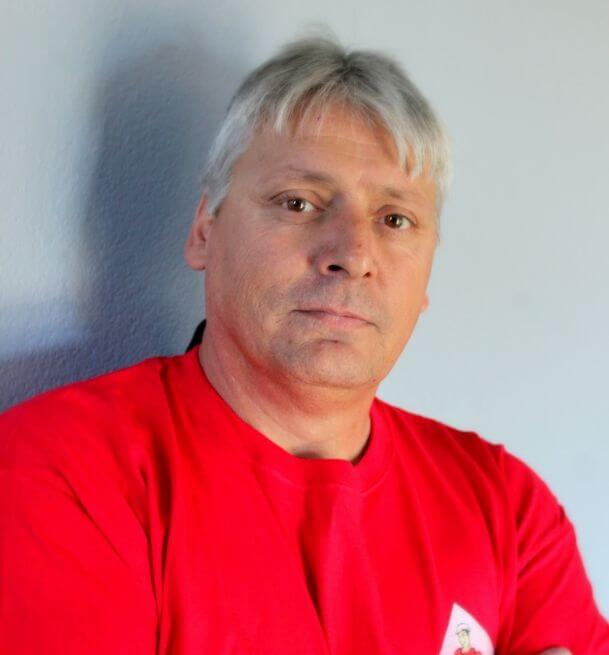 Ivan - Demers Glass Team Member