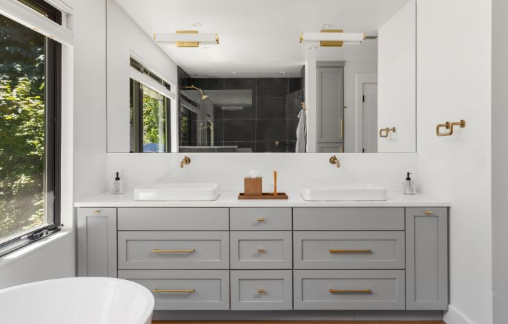 White Bathroom with Large Mirror | Demers Glass AZ