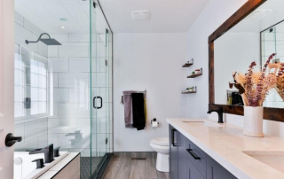 Modern bathroom with large walk-in glass frameless shower enclosure | Demers Glass AZ