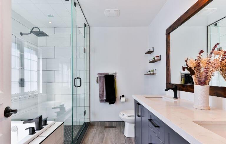 Modern bathroom with large walk-in glass frameless shower enclosure | Demers Glass AZ
